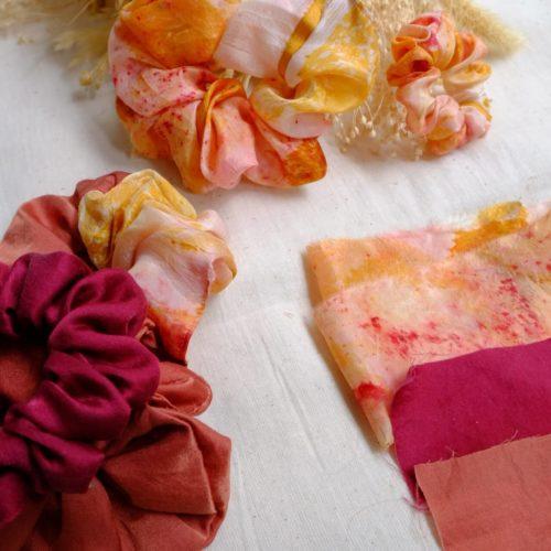 Chouchou en soie teint main naturellement
